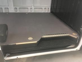 Nově v nabídce montáž podlah do dodávek